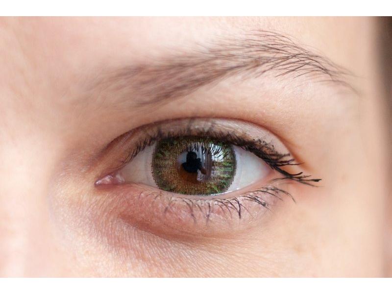 """""""Green"""" bei einer braunen Augenfarbe"""